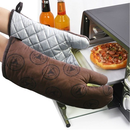 Putting Pizza in Microwave With Oven Mitts